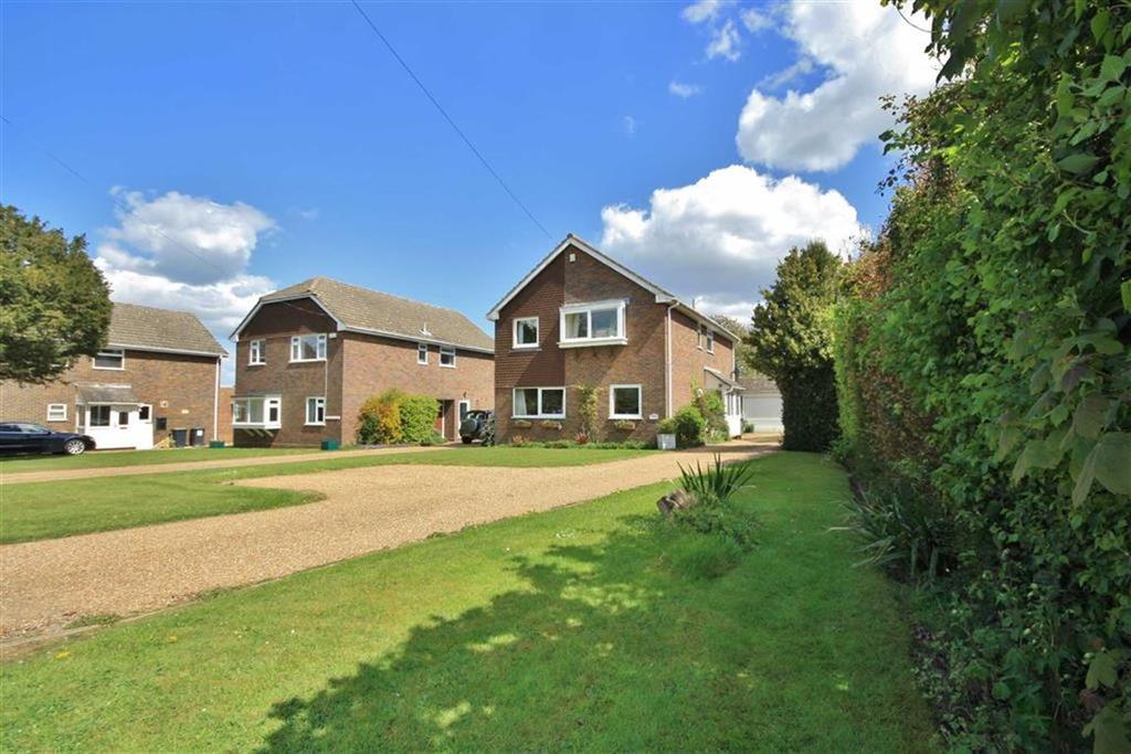 4 Bedrooms Detached House for sale in Offham, West Malling, Kent