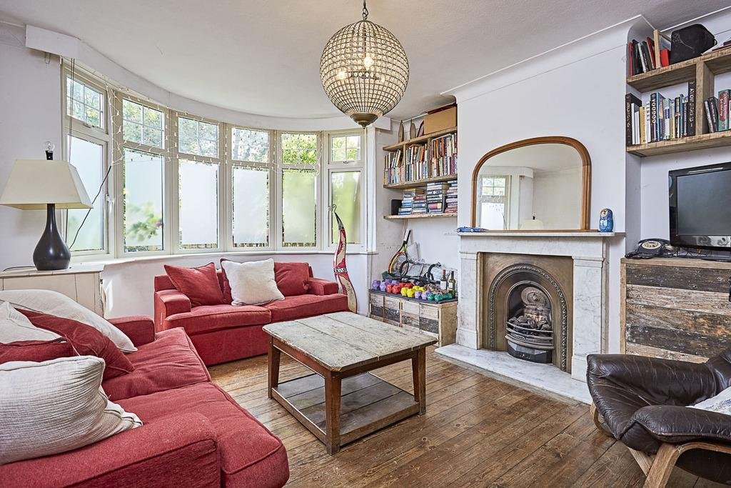4 Bedrooms Semi Detached House for sale in Ashfield Road, Shepherds Bush, London, W3