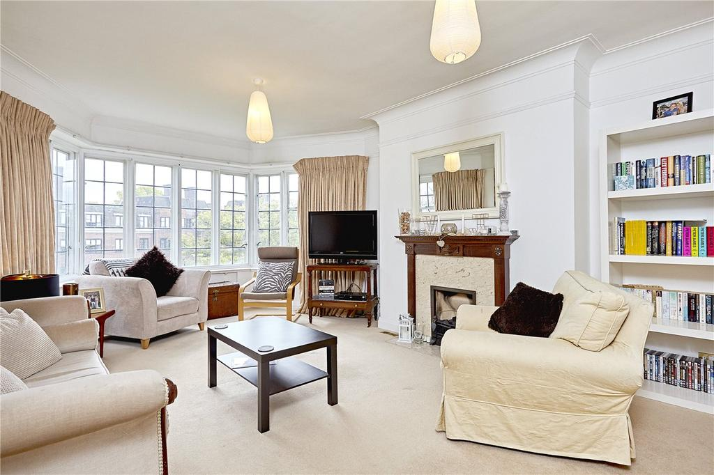2 Bedrooms Flat for sale in Glenalmond House, Manor Fields, London, SW15