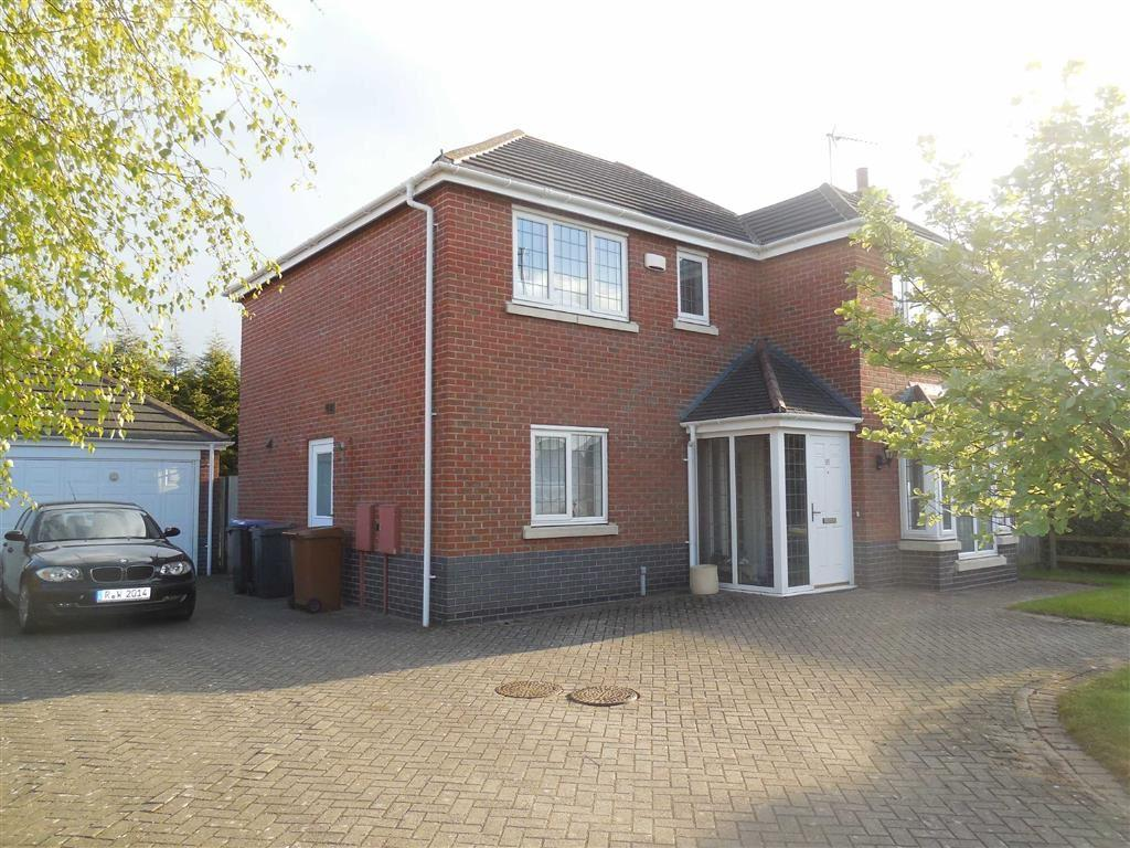 4 Bedrooms Detached House for sale in Outlands Drive, Hinckley