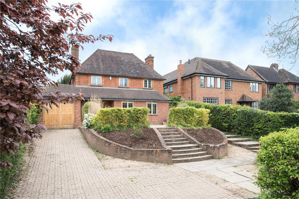 5 Bedrooms Detached House for sale in Woodside Road, Beaconsfield, HP9