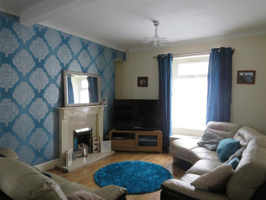 3 Bedrooms Terraced House for sale in Bryn Road, Llanelli