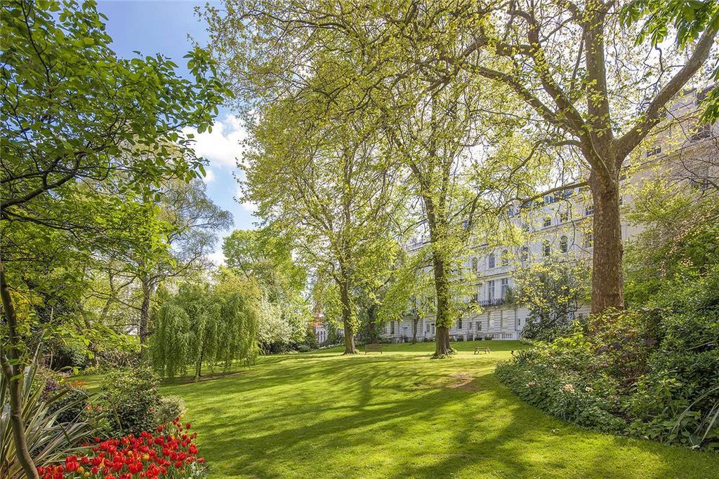 3 Bedrooms Maisonette Flat for sale in Ladbroke Gardens, Notting Hill, London, W11