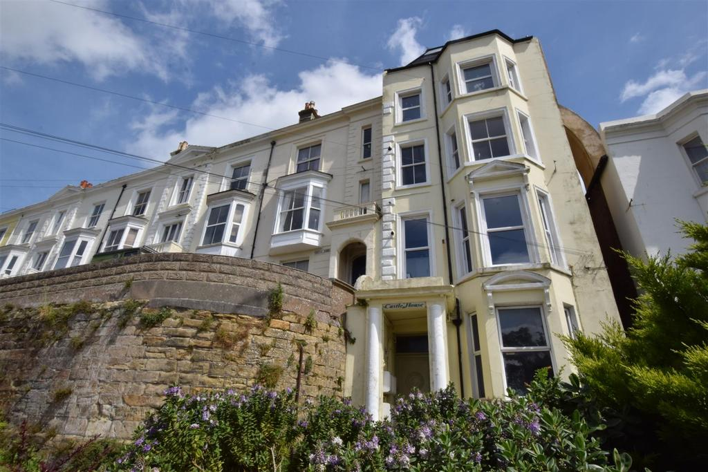 3 Bedrooms Maisonette Flat for sale in Hastings