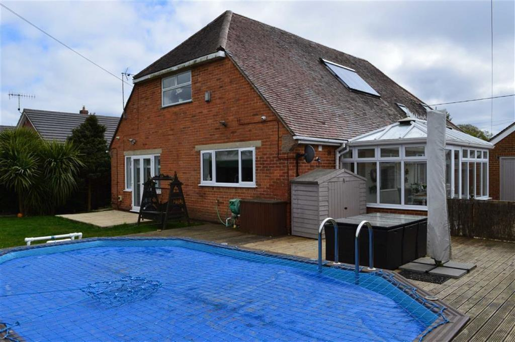 5 Bedrooms Chalet House for sale in Wareham Road, Wimborne, Dorset