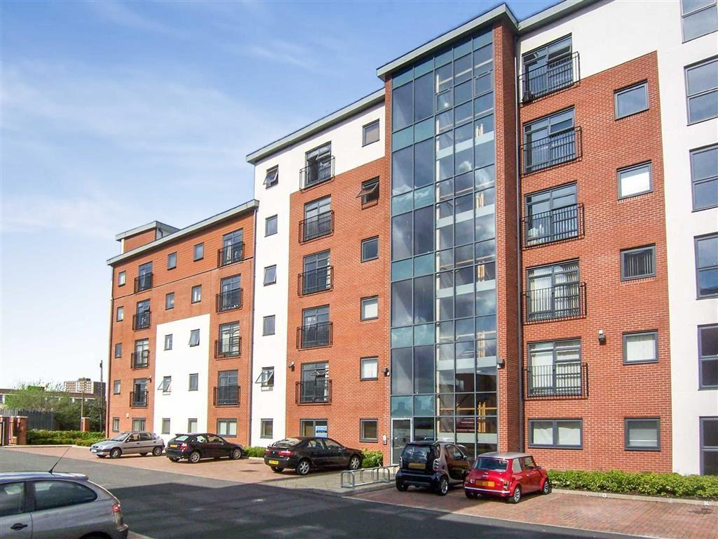 Studio Flat for sale in Renolds House, Salford, Manchester, M5