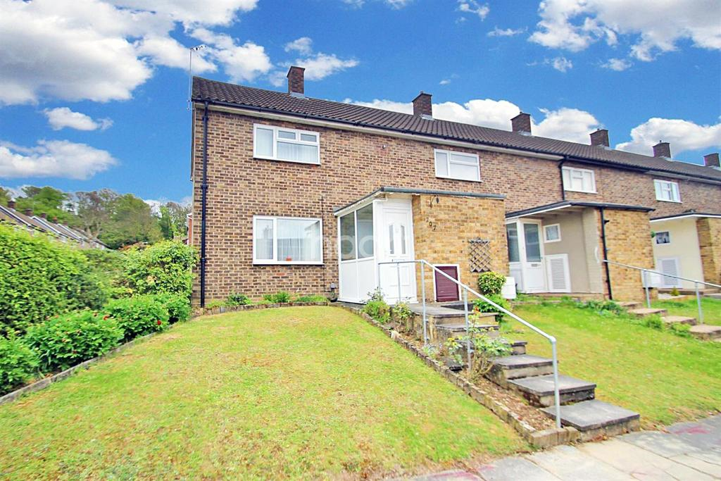 2 Bedrooms End Of Terrace House for sale in Fold Croft, Harlow