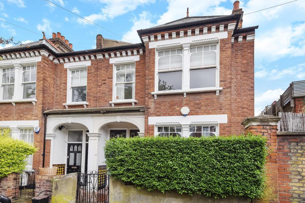2 Bedrooms Flat for sale in Hambalt Road, Clapham, SW4