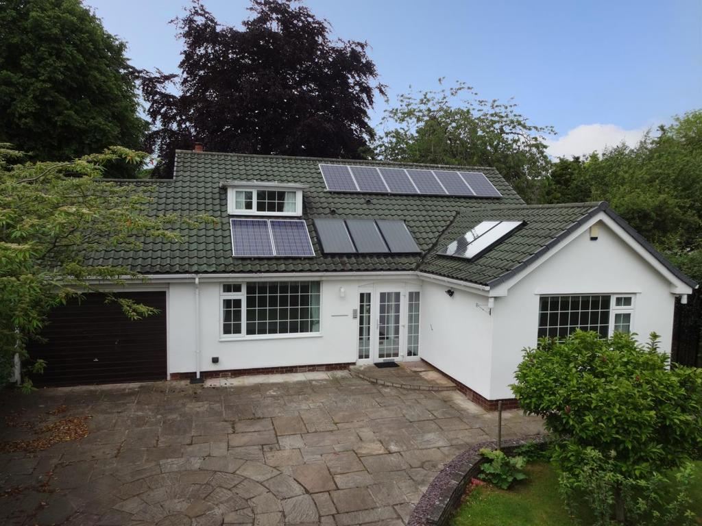 3 Bedrooms Detached House for sale in Tredgold Garth, Bramhope