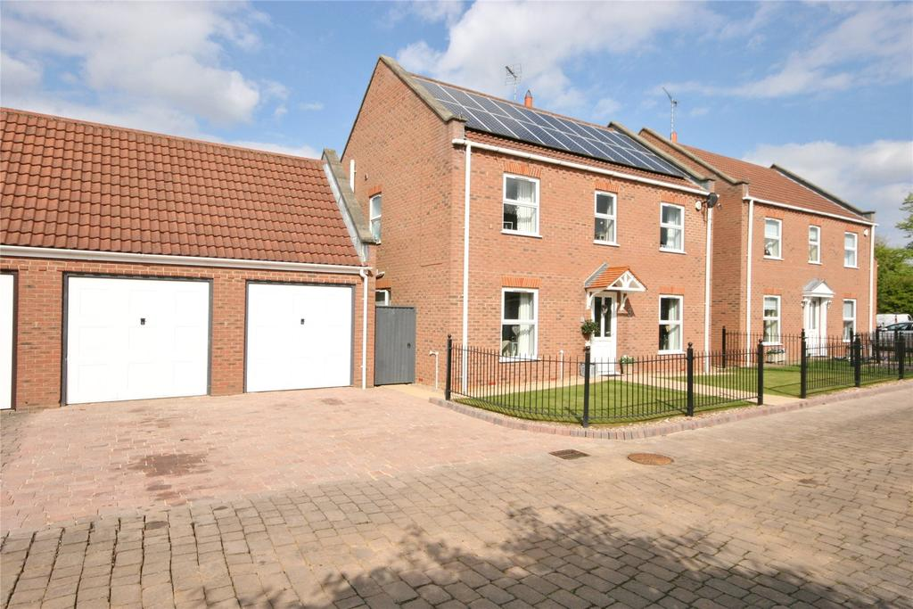 4 Bedrooms Detached House for sale in Chambers Court, Spalding, PE11
