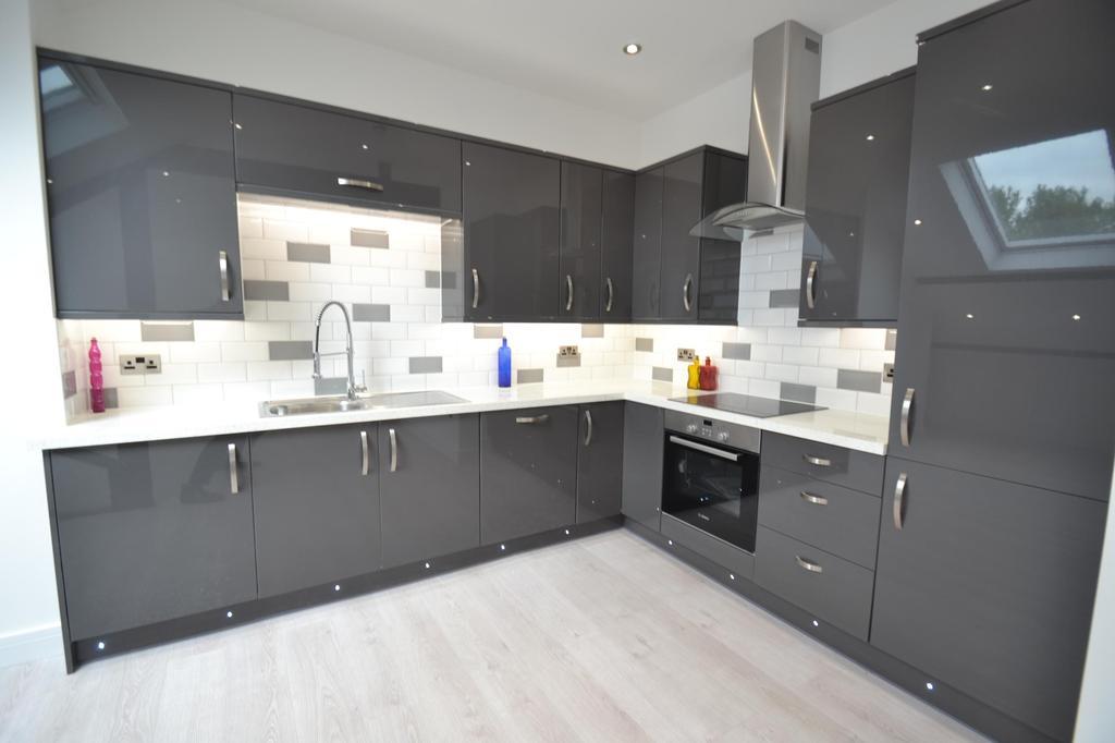 2 Bedrooms Flat for sale in Portland Villas, Victoria Road