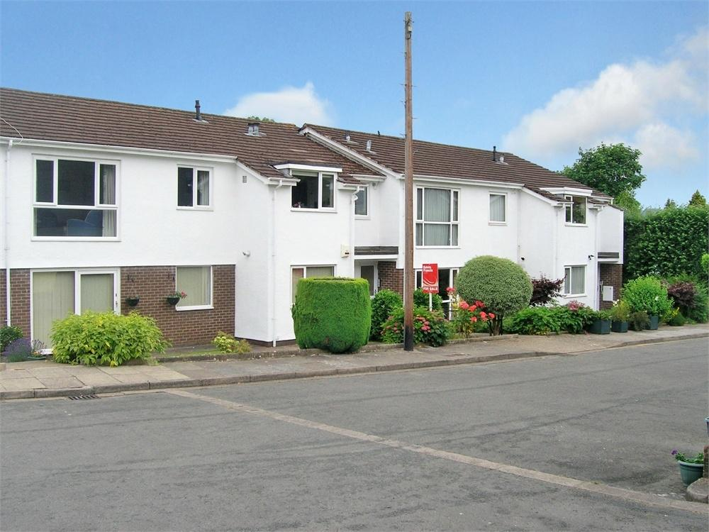 2 Bedrooms Maisonette Flat for sale in Brynteg Close, Cyncoed, Cardiff