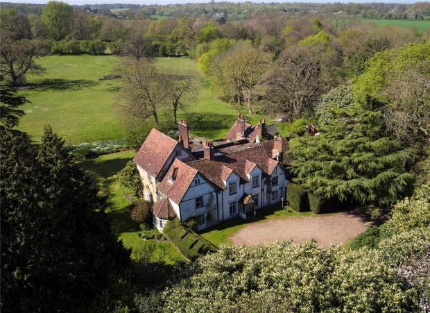 8 Bedrooms Land Commercial for sale in Warrengate Road, North Mymms, Hatfield, Hertfordshire