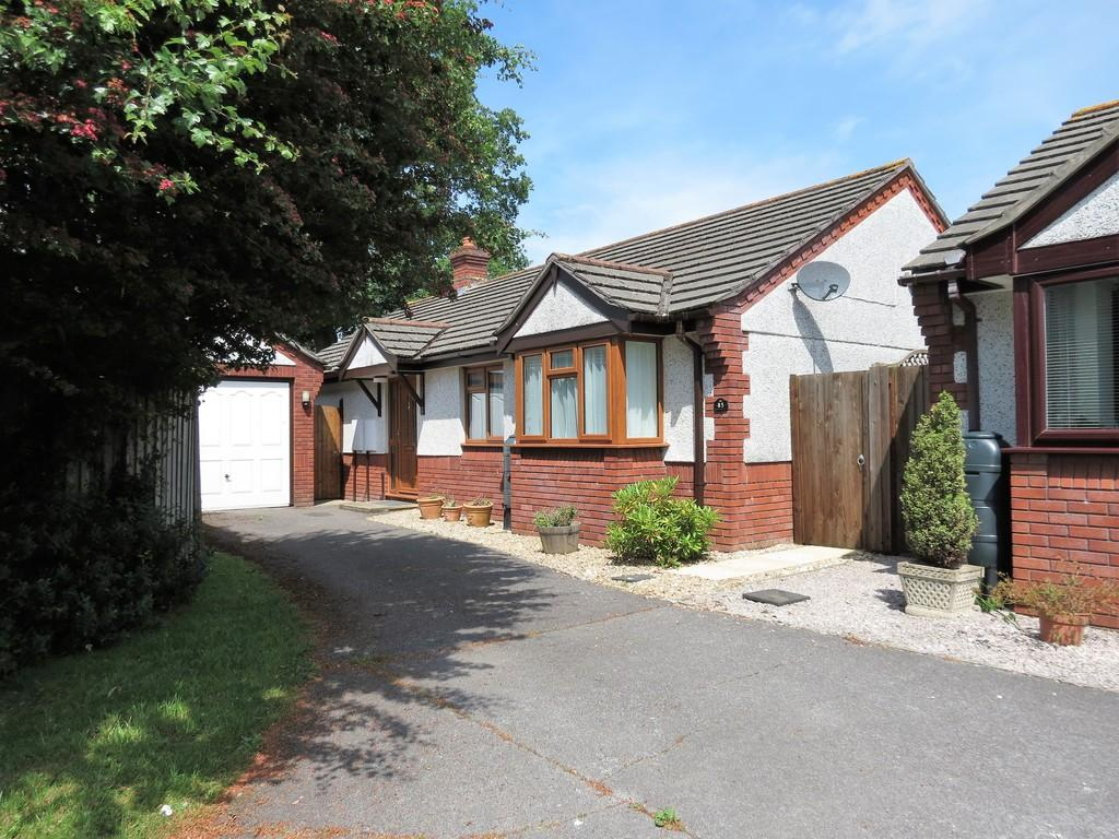 3 Bedrooms Detached Bungalow for sale in Churchfields Drive, Bovey Tracey