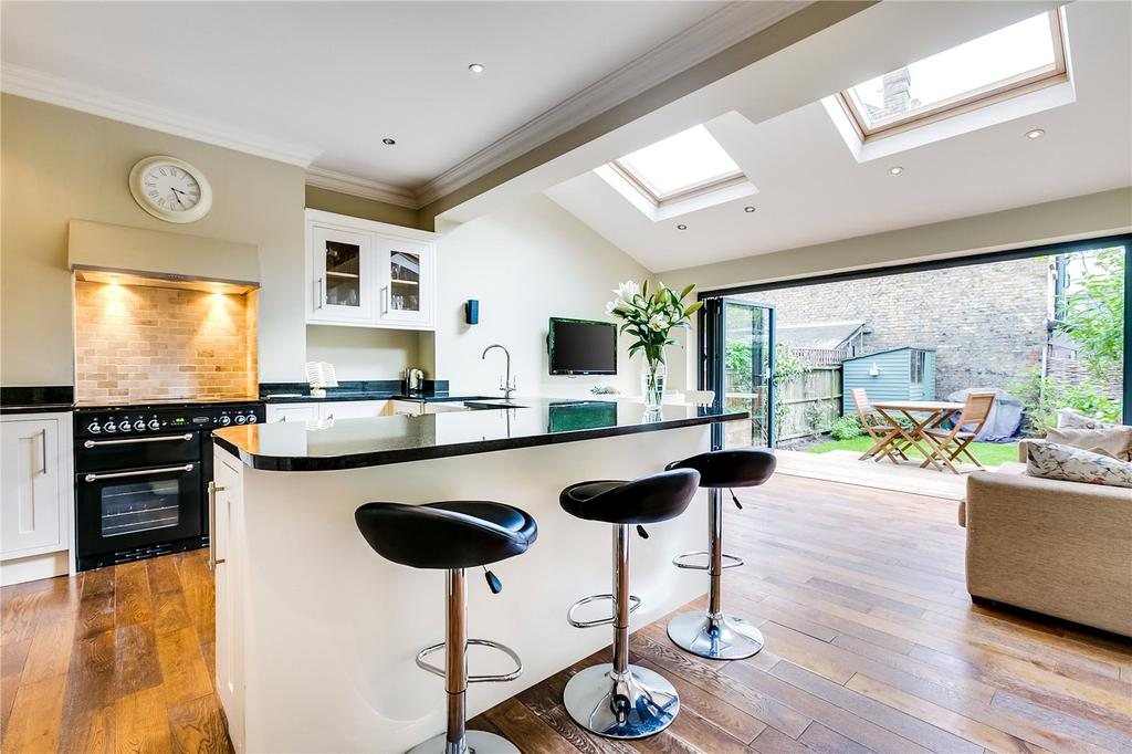 3 Bedrooms House for sale in Twilley Street, Wandsworth, London