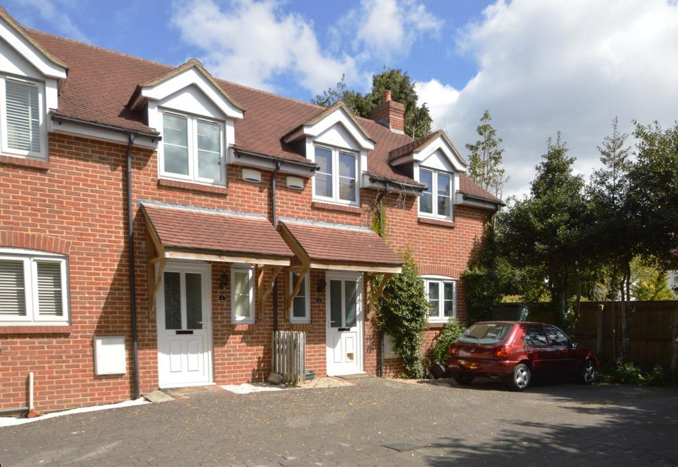 3 Bedrooms Semi Detached House for sale in Richmond Park Road, Bournemouth, BH8