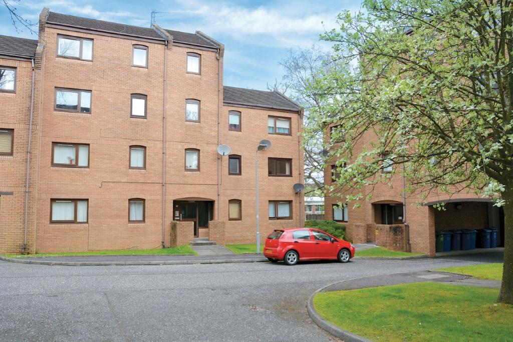 1 Bedroom Flat for sale in 15c Rowans Gate, Paisley, PA2 6RB