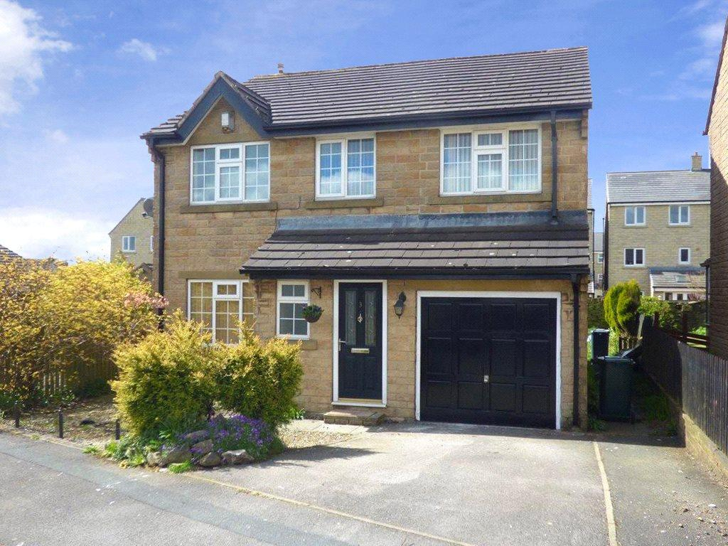 5 Bedrooms Detached House for sale in Micklethwaite Drive, Queensbury, Bradford, West Yorkshire