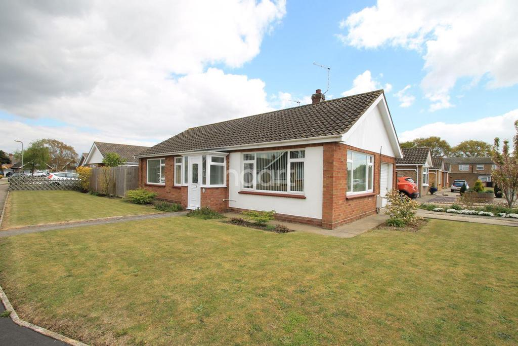 3 Bedrooms Bungalow for sale in Clacton-on-sea