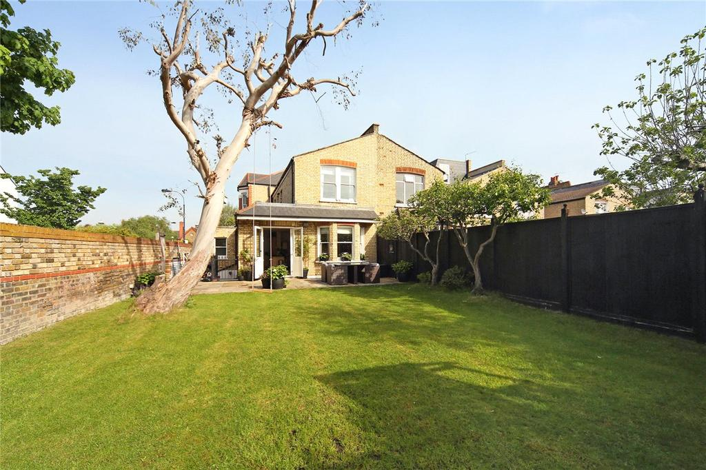 5 Bedrooms Detached House for sale in Finlay Street, London, SW6