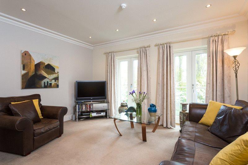 5 Bedrooms House for sale in King's Pool Walk, York, YO1
