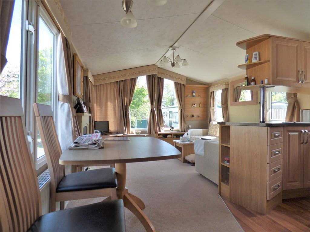 2 Bedrooms Lodge Character Property for sale in Oakcliff Holiday Park, Dawlish Warren