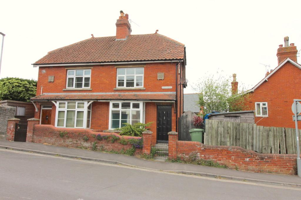 3 Bedrooms Semi Detached House for sale in Hill Head, Glastonbury