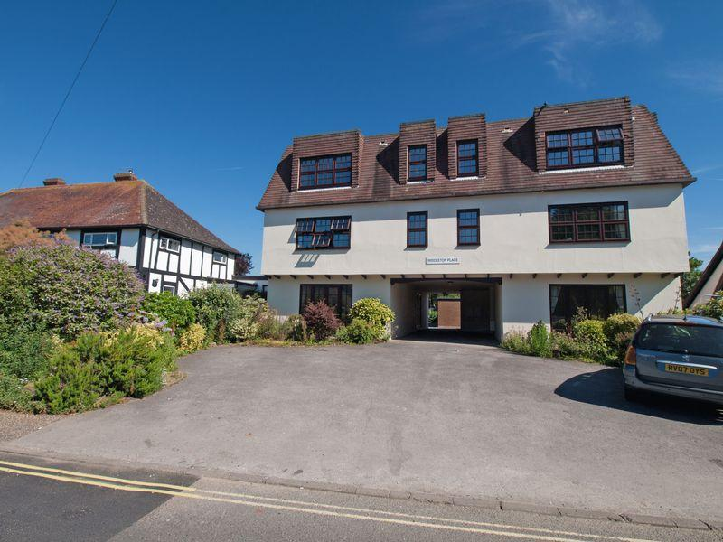 2 Bedrooms Apartment Flat for sale in Middleton-on-Sea, West Sussex