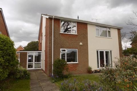 3 bedroom flat to rent - Kirby Way, Southbourne