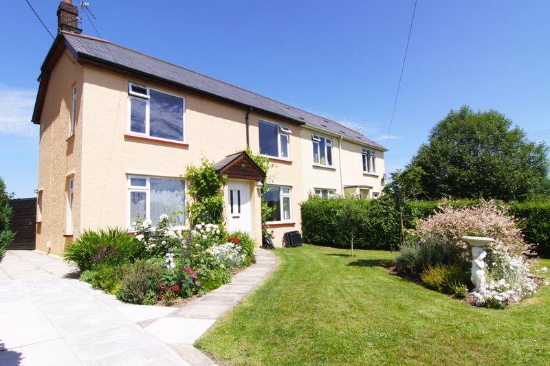4 Bedrooms Semi Detached House for sale in Moor View, Hatherleigh