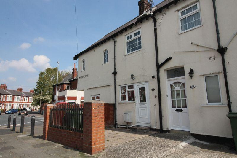 2 Bedrooms Apartment Flat for sale in Woodchurch Lane, Prenton