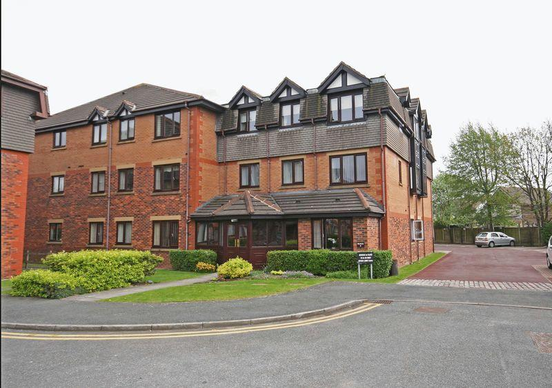 2 Bedrooms Apartment Flat for sale in Windsor Court, Poulton-Le-Fylde