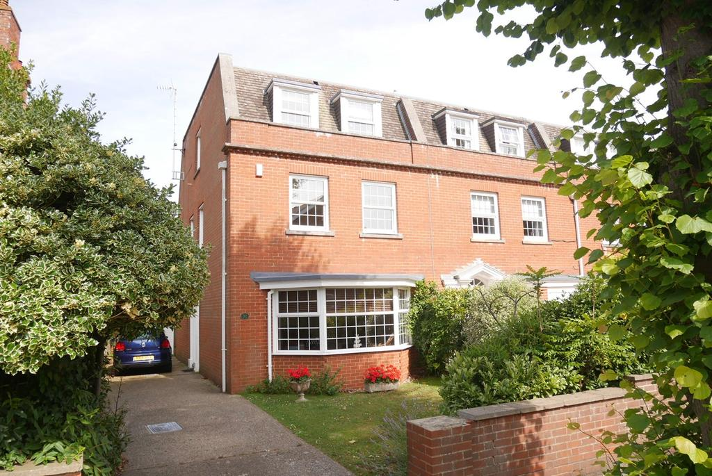 5 Bedrooms End Of Terrace House for sale in Grange Road, Meads, Eastbourne, BN21