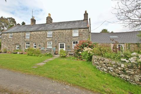 4 bedroom detached house for sale - Chwilog, Gwynedd
