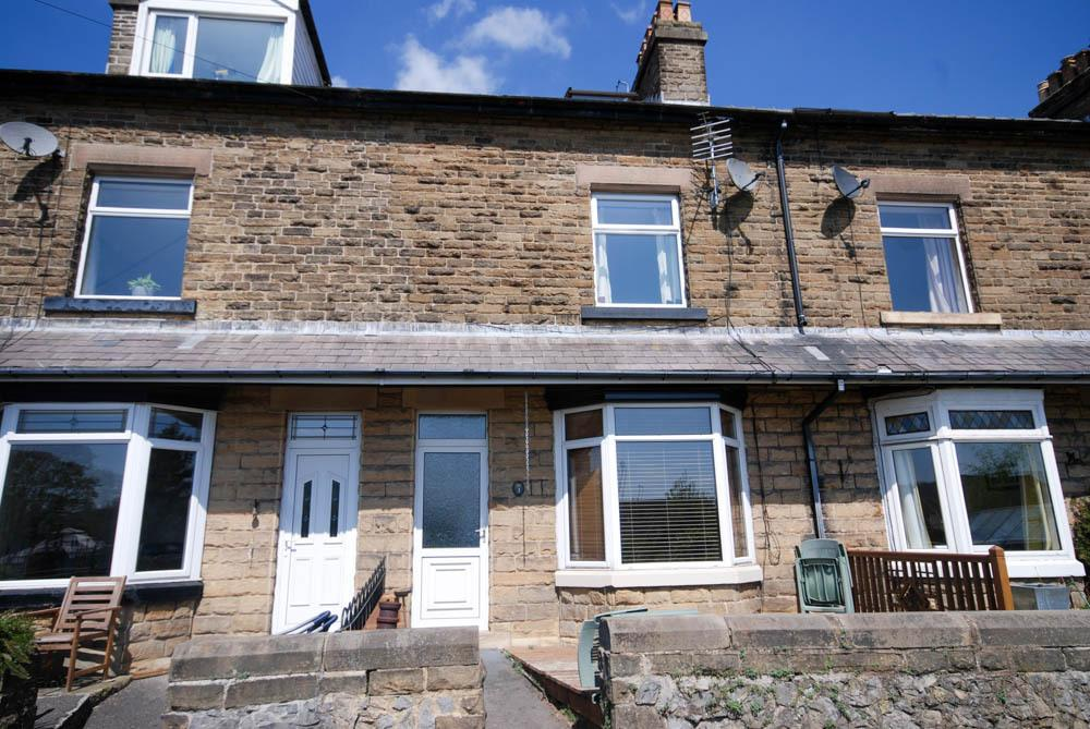 4 Bedrooms Terraced House for sale in 3 Mill Cliff, Buxton