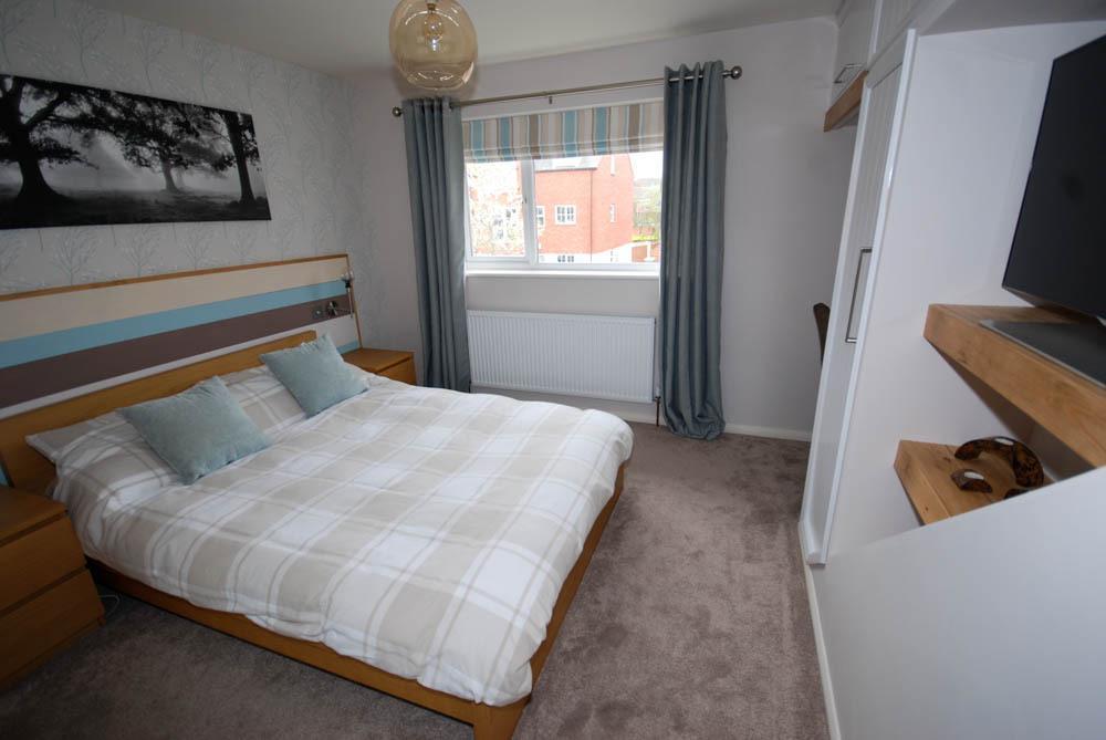 Pilsley  Bed Properties To Rent