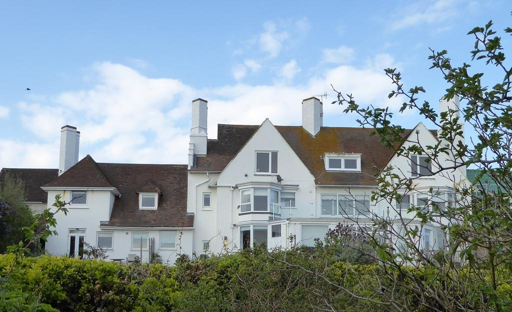 4 Bedrooms Apartment Flat for sale in The Cliff, BRIGHTON, BN2