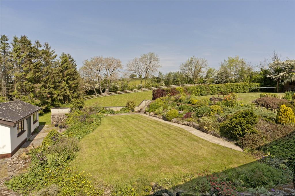 5 Bedrooms Detached House for sale in Dunsford, Exeter, EX6