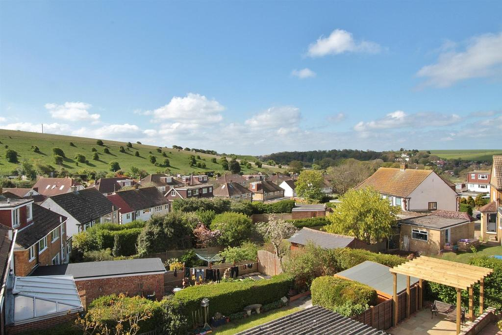 4 Bedrooms Semi Detached House for sale in Cowley Drive