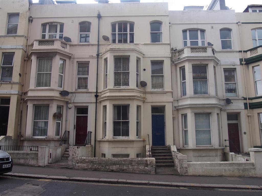 1 Bedroom Flat for sale in Cambridge Road, Hastings