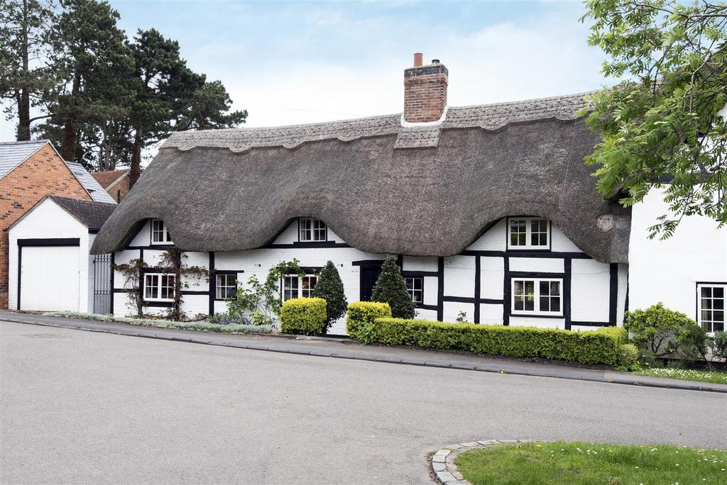 4 Bedrooms Cottage House for sale in Ashorne, Warwick