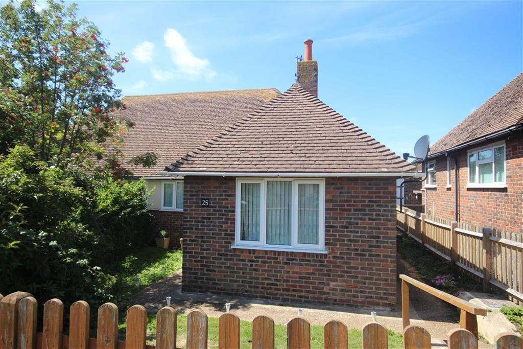2 Bedrooms Semi Detached Bungalow for sale in Chyngton Avenue, Seaford