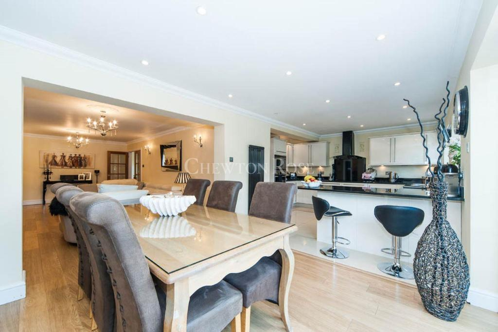 4 Bedrooms Detached House for sale in Chalfont St Giles, Buckinghamshire