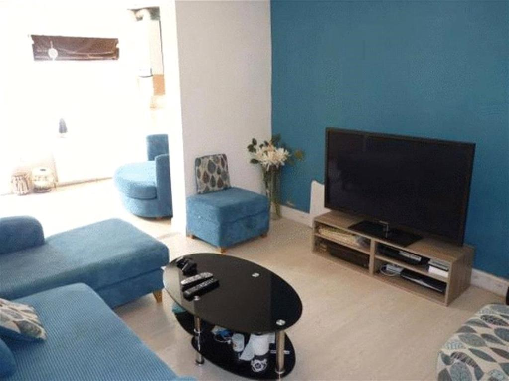 3 Bedrooms End Of Terrace House for sale in Rosebank Avenue, Wembley, Middlesex, HA0