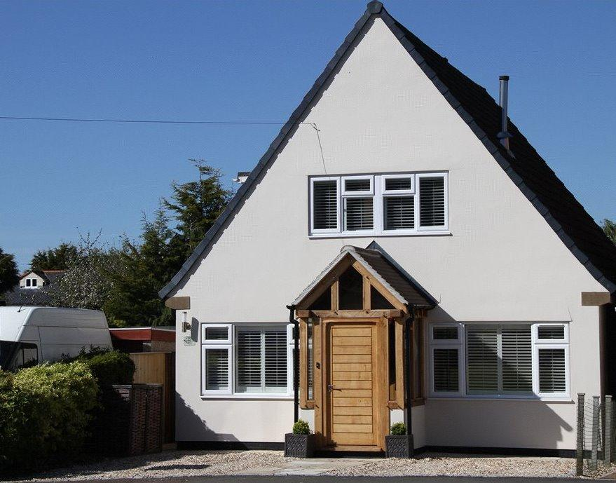 4 Bedrooms Detached House for sale in Everest Road, Cheltenham, Gloucestershire, GL53