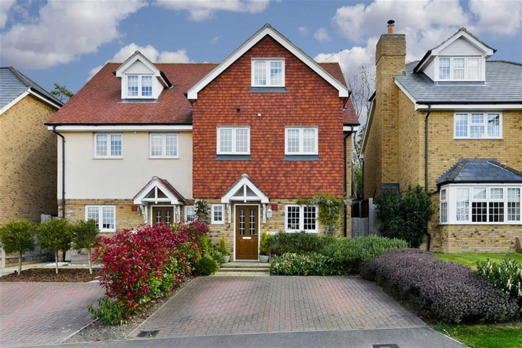 3 Bedrooms Semi Detached House for sale in South Tadworth Farm Close, Tadworth, Surrey