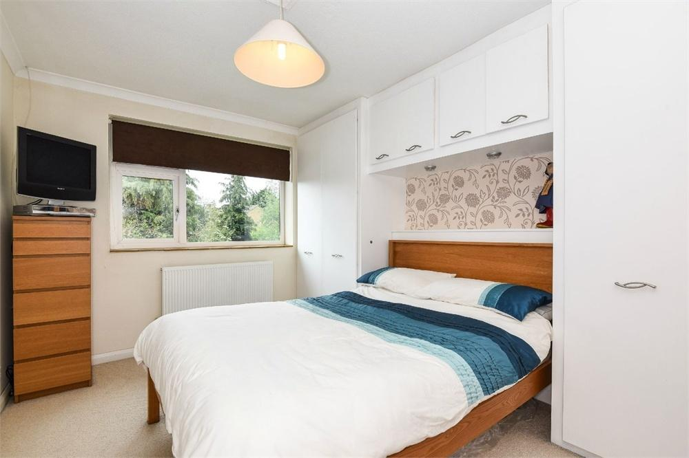 Bed Houses For Sale In Ash Surrey