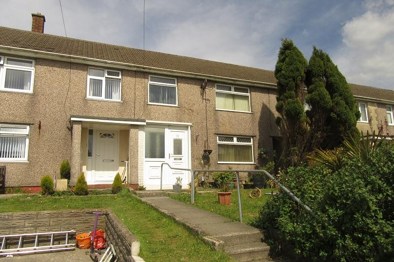 3 Bedrooms Terraced House for sale in Second Avenue, Clase, Swansea.