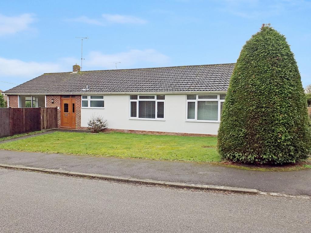 2 Bedrooms Bungalow for sale in Stanbridge Way, Ardingly, RH17