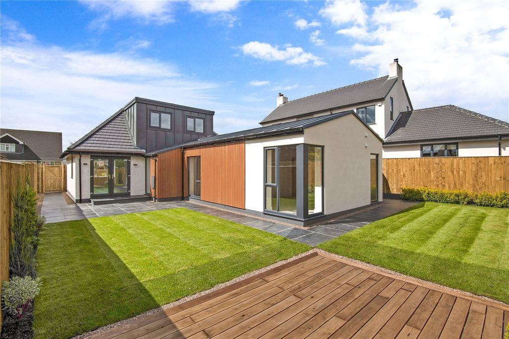 4 Bedrooms Detached House for sale in Green Lane, Harrogate, North Yorkshire